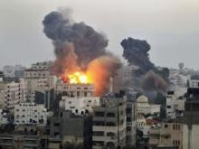 Gaza Attacks [Photo: tribune.com.pk]