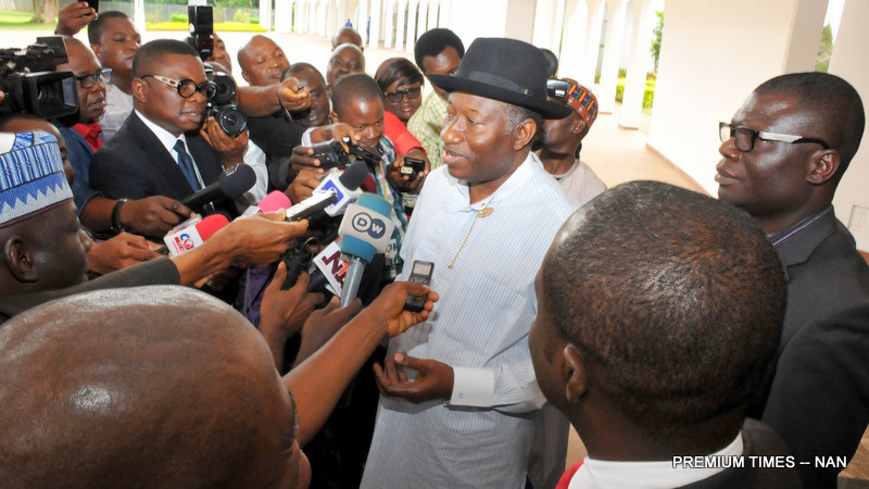 Former President Goodluck Jonathan addressing State House correspondents after a meeting with President Muhammadu Buhari at the Presidential Villa today  (3/8/16) 5467/03/08/2016/ICE//NAN