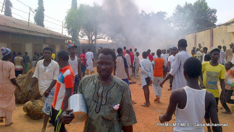 Youth set the residence of a Shi'a leader in Kaduna alight, on Wednesday, Octobr 11.
