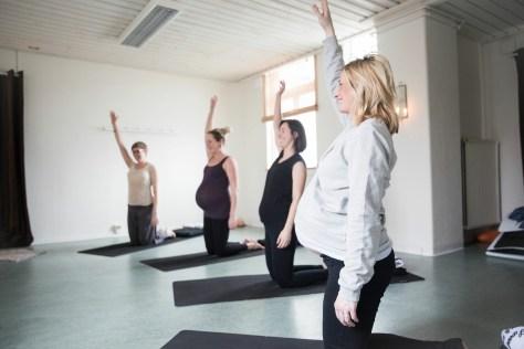YogaFörGravida GravidYoga Halmstad SamaMama Gravidträning