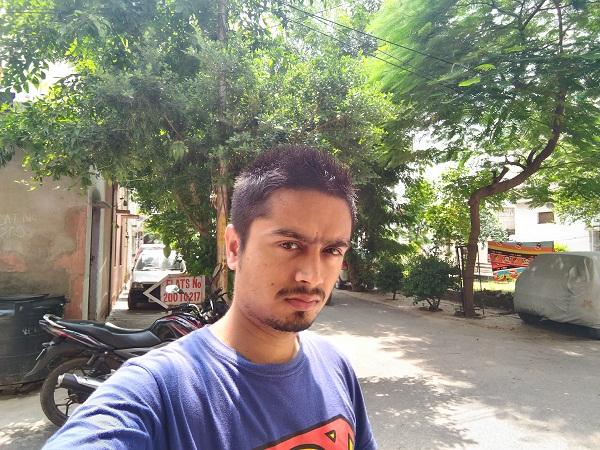 Asus ZenFone Selfie Camera Sample Front HDR
