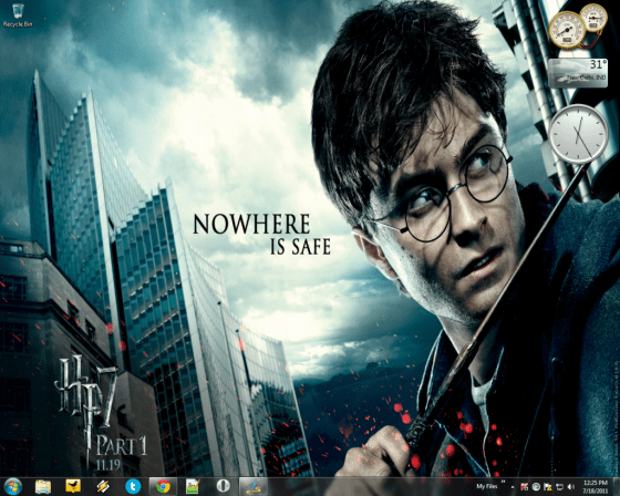 Harry_Potter_and_the_Deathly_Hallows_Part_1_Windows_7_theme-1