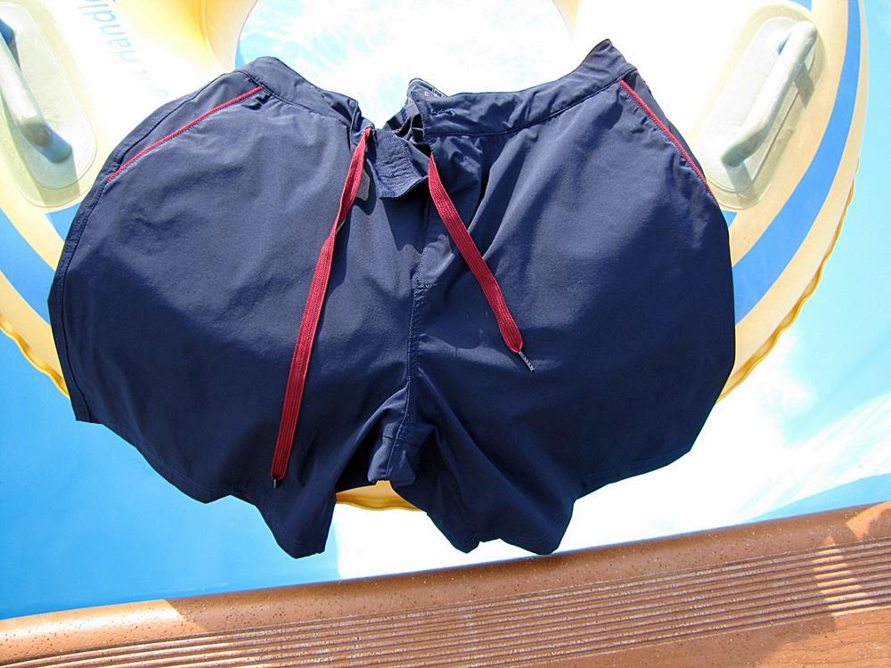 2-in-1 swimwear seagale
