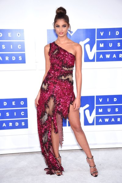 VMA 2016: Fashion Live From the Red Carpet - Vogue