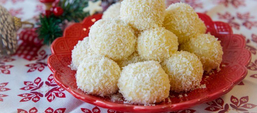 Kokossnöbollar- endast 2 ingredienser