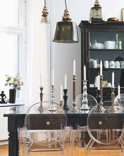 Contrasting Scandinavian interior