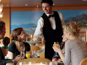 waiter-waiting