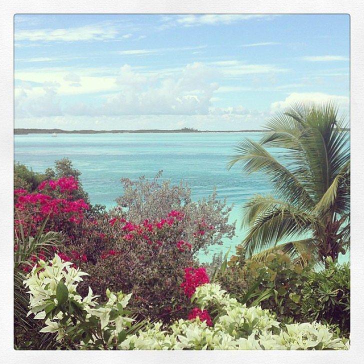 All Miranda Kerr could see was blue water.  Source: Instagram user mirandakerr