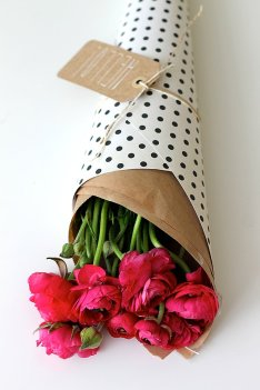 Wrap Flowers in Patterned Paper