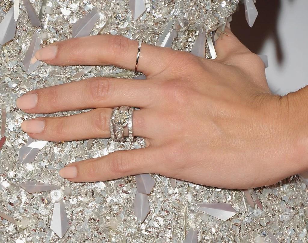 Splendent She Often Wore Her Engagement Ring Between 2 Thin Diamond Bands Joanna Gaines Wedding Ring Paint Joanna Gaines Wedding Band wedding rings Joanna Gaines Wedding Ring