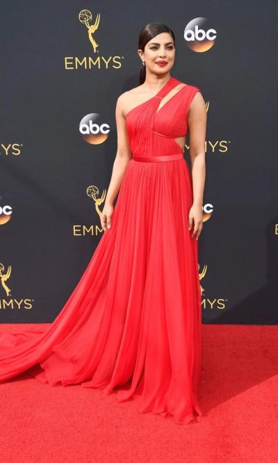 Emmy Awards 2016 Red Carpet - TODAY.com
