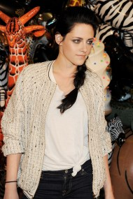 kristen stewart goes casual for mulberry s lfw after party