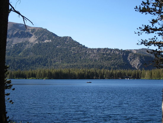 One of the pretty lakes in Mammoth