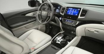 2016 Honda Pilot Inside