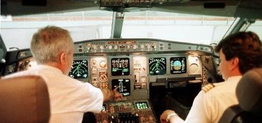 Aeroplano pilotoi