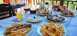 lathoi-stin-taverna