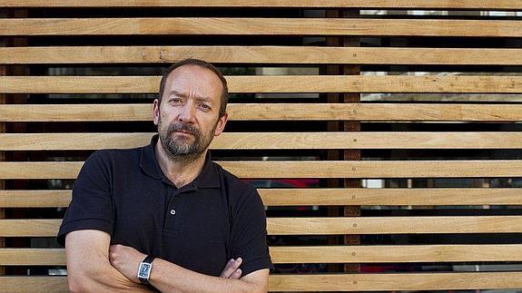 José Manuel López Vega, oncólogo del Hospital Valdecilla de Santander. /