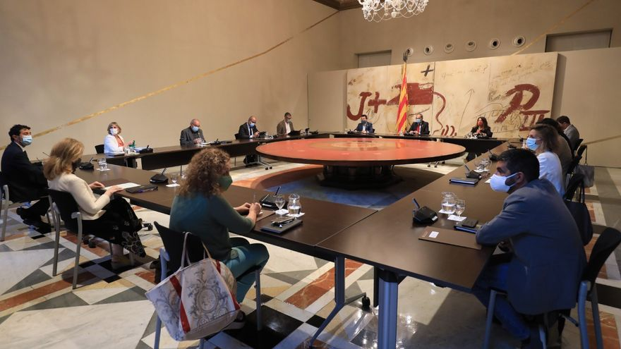 El Govern, en la reunión extraordinaria del pasado lunes.JORDI BEDMAR