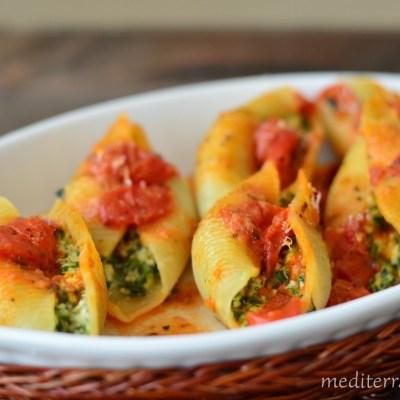 Spinach and Ricotta Stuffed Pasta Shells