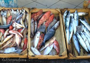 Santorini market1