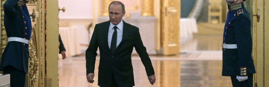 MOSCOW, RUSSIA. DECEMBER 3, 2015. Russia's President Vladimir Putin enters St. George's Hall of the Moscow Kremlin prior to his annual address to the Federal Assembly. Mikhail Metzel/TASS  ??????. ??????. 3 ??????? 2015. ????????? ?????? ???????? ????? ????? ??????? ??????????? ? ????????? ????????? ? ???????????? ???????? ?? ? ??????. ?????? ???????/????