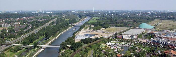 1024px-Rhein-Herne-Kanal_bei_Oberhausen