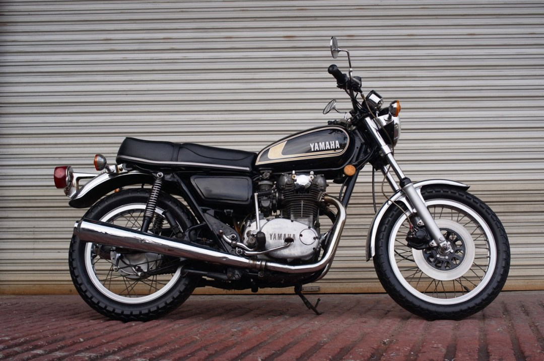 Ishigaki manufacturing world 39 s most out of date for Yamaha 350cc motorcycles