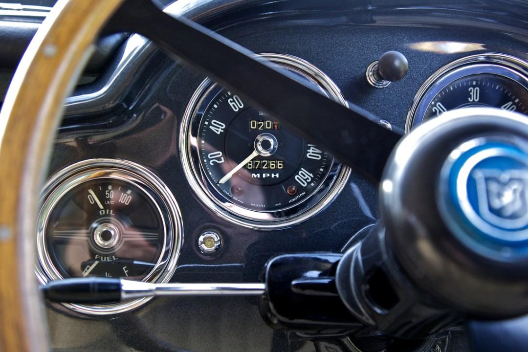 1960 The Aston Martin DB4 (4)