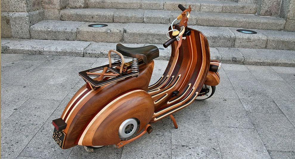 Wooden Vespa by Carlos Alberto via Hi Consumption