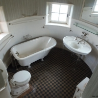 Singer Castle Bathroom