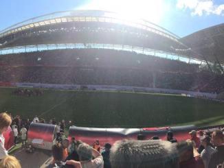 Die Red-Bull-Arena beim ausverkauften Aufstiegsspiel gegen den Karlsruher SC, 8. Mai 2015. Foto: Jens Korthas
