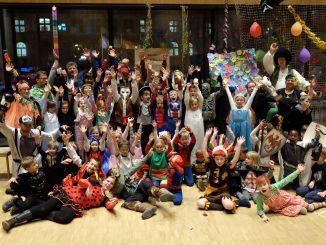 Party! Mehr als 60 Kids feiern in der Propstei Fasching. Foto: Matthias Gundermann