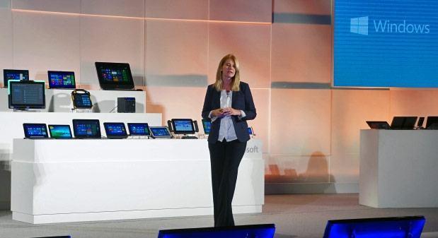 A CFO da Microsoft Tami Reller durante o keynote na Computex 2013