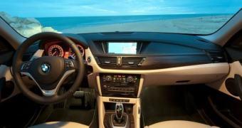 BMW apresenta software de IA via SMS que pode ajudar a vender sua linha de carros elétricos