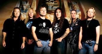 Está explicado por que o Iron Maiden bate cartão no Brasil: pirataria