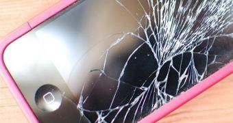 Cientistas desenvolvem tela inquebrável para smartphones