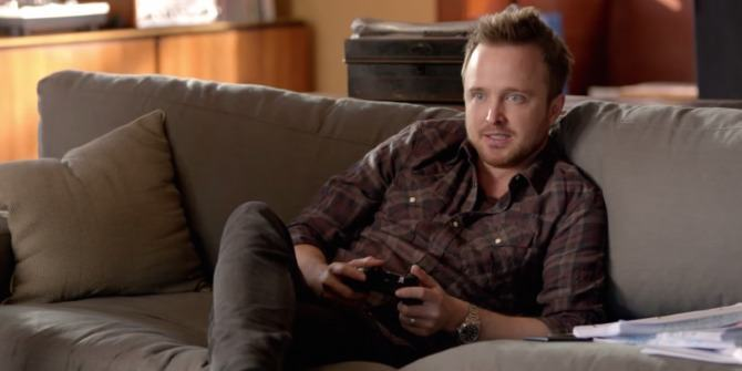 aaron-paul-plays-titanfall-670