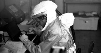 """Da série """"não dê ideia"""": bomba de Ebola"""