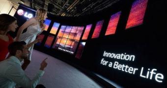 CES 2015: LG apresenta webOS 2.0, TVs OLED 4K e G Flex 2