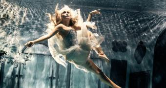 Campanha Submerged Fairy da Hasselblad