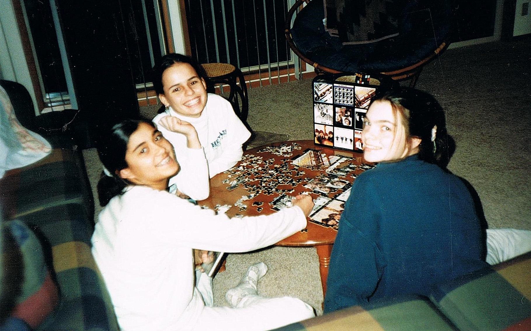 Melibee's Maria Snyder (right) during her exchange student experience in Costa Rica.