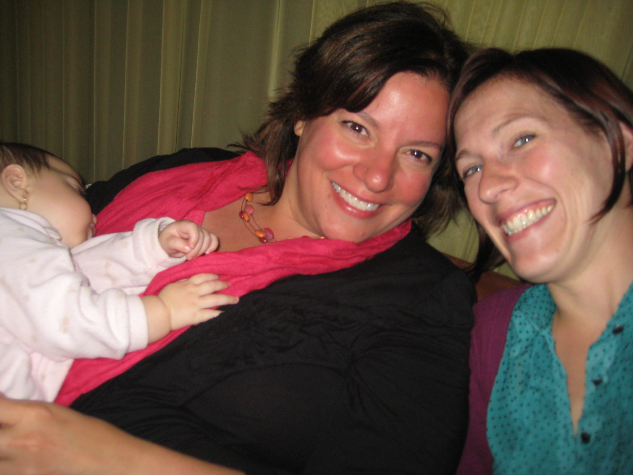 The wonderful folks at El Nomad!  Here I am with Rebecca Adams - and I got to hold her sleeping baby too...awwww!