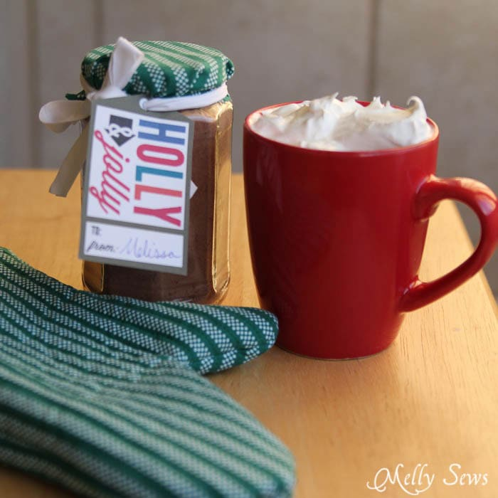 Perfect easy gift - sew a pot holder and deliver with homemade spiced cocoa mix - Melly Sews