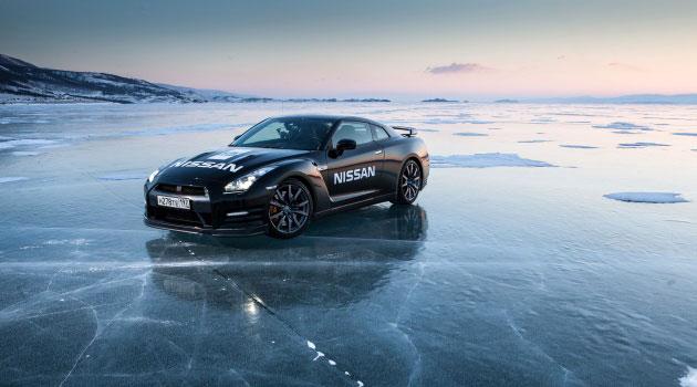 El GT-R establece record de velocidad en hielo