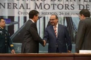 Enrique Peña Nieto y Ernesto M Hernández