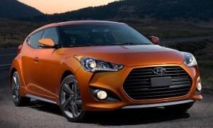 2013_Hyundai_Veloster_Turbo_1_front
