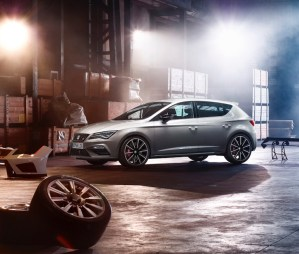 ¿SEAT Leon CUPRA o Volkswagen Golf R?