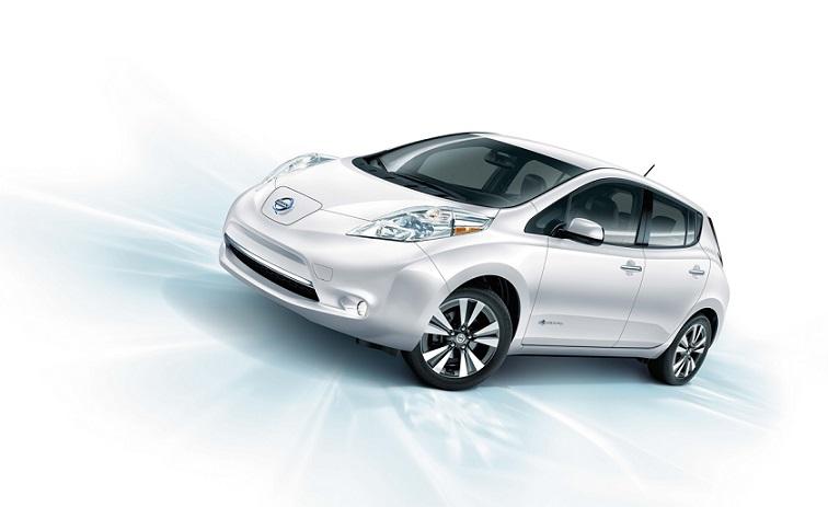 Nissan LEAF fue el primer vehículo totalmente eléctrico lanzado al mercado masivo en 2010, y hoy en día sigue siendo la opción más popular de movilidad eléctrica.