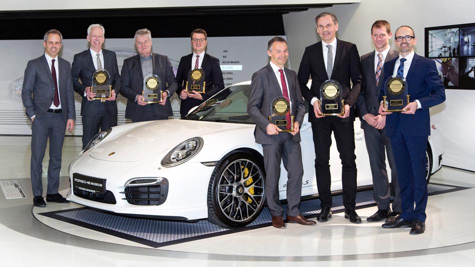 Porsche recibe seis premios en estudio J.D. Power