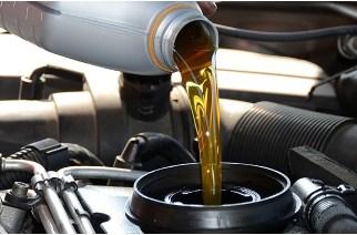¿Cuál aceite es el mejor para tu auto? Sintético v/s Mineral